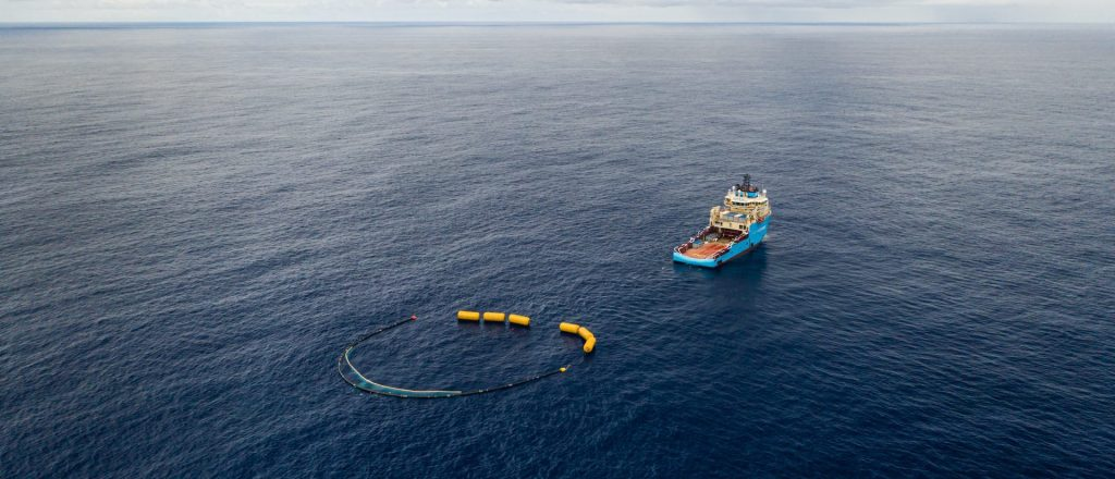 Testing speed-up configuration with 6 lifting bags attached to System 001/B, July 2019. Courtesy of The Ocean Cleanup