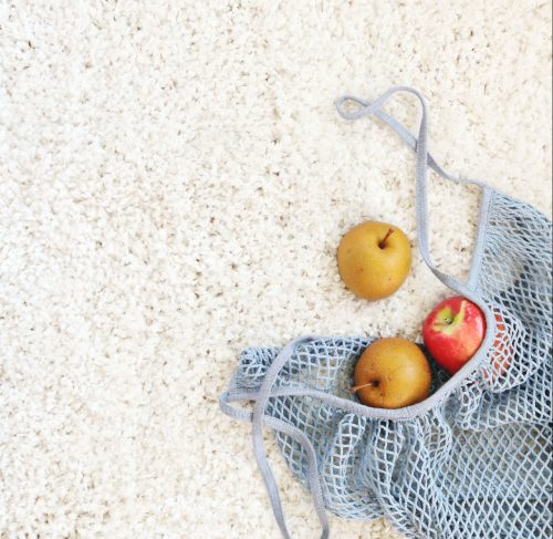 A reusable alternative to single-use plastic bags. Photo by Madison Inouye from Pexels